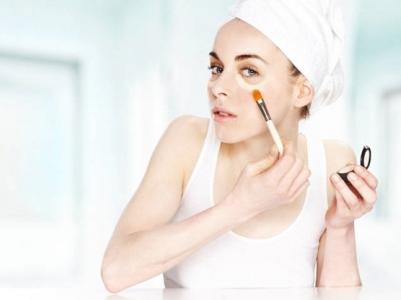 maquillar ojeras 3